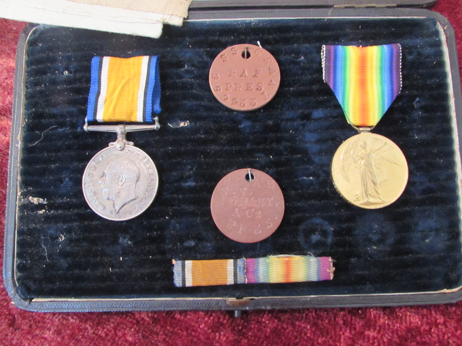 Pair of WW1 Medals