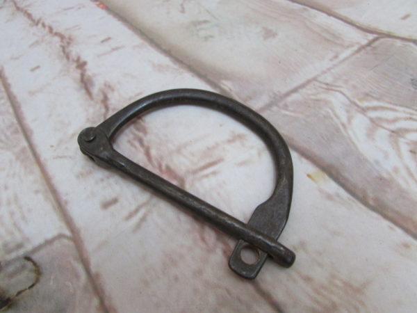 WW11 D Ring Lock