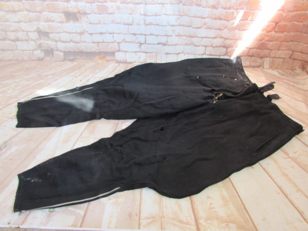 WW2 GERMAN OFFICER'S BLACK BREECHES